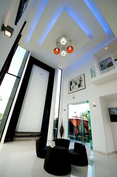 Фото дизайна интерьера в стиле Хай-Тек