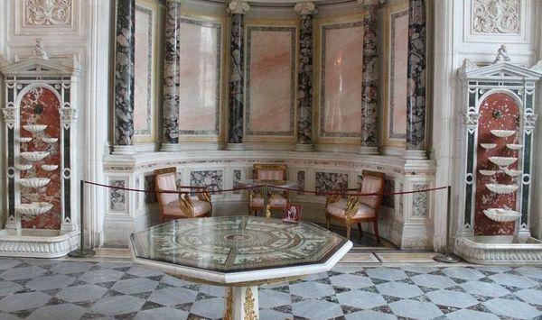Зимний дворец – «столица» мирового лепного искусства