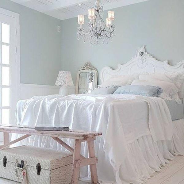 Декорирование мебели гипсовой лепниной
