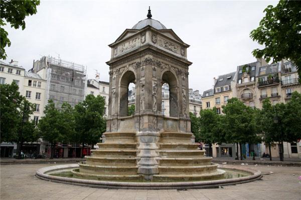 Фонтан невинных - архитектурная жемчужина Парижа