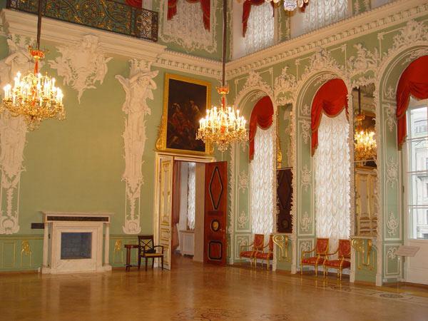 Лепнина из гипса Строгановский дворец