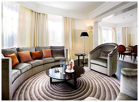 фото дизайна гостиной в стиле Арт-деко