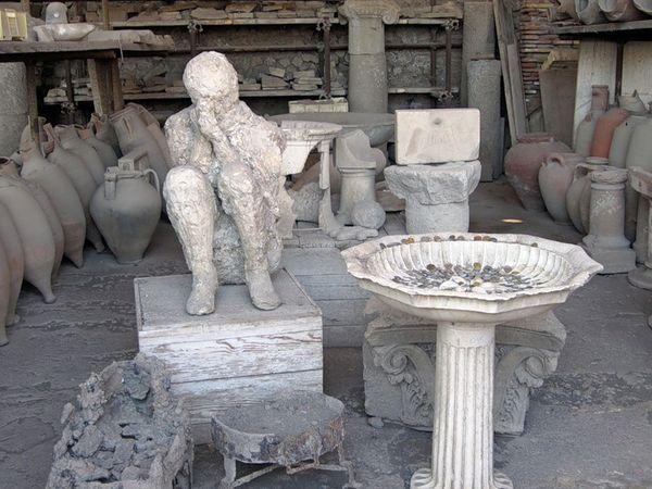 Оживление жителей Помпеи: гипсовая история погибшего города