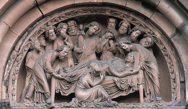 Особенности скульптуры и рельефа в стиле «Готика»