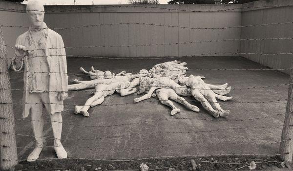 Гипсовые скульптуры, которые меняют представление об искусстве