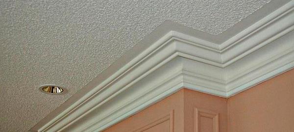 Раскрываем секреты: как использовать гипсовую лепнину в помещениях с архитектурными дефектами