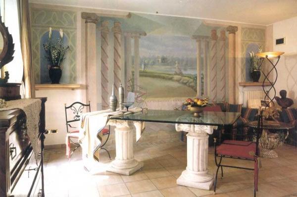 Декор стола лепниной из гипса