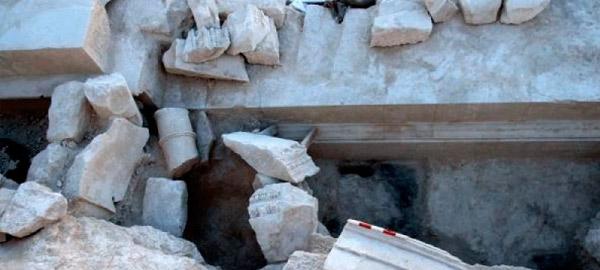 Восстановление гипсовых памятников на кладбище