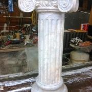 118;  Гипсовая колонна